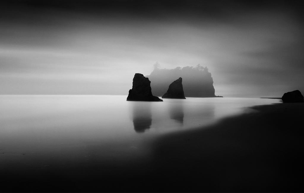 black-and-white long exposures by Thibault Roland