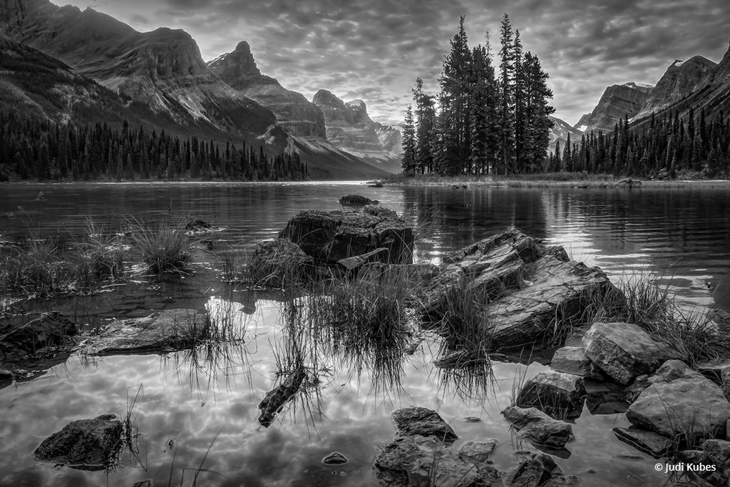 "Today's Photo Of The Day is ""Spirit Island"" by Judi Kubes. Location: Maligne Lake, Jasper, British Columbia."