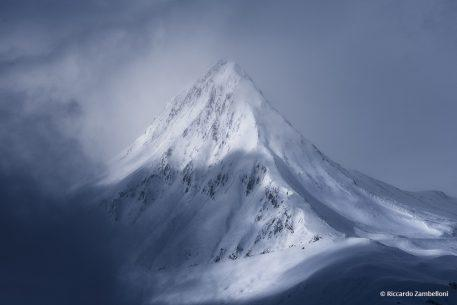 "Today's Photo Of The Day is ""Frozen"" by Riccardo Zambelloni. Location: French Alps"