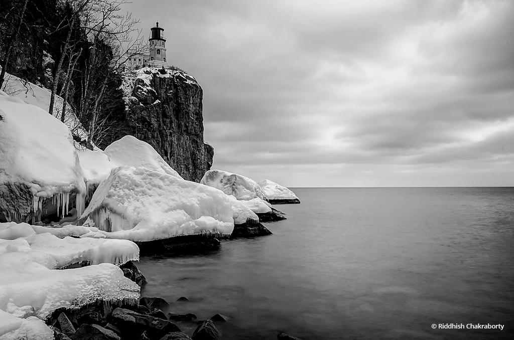 "Today's Photo Of The Day is ""Two Harbors Winterscape by Split Rock"" by Riddhish Chakraborty. Location: Minnesota."