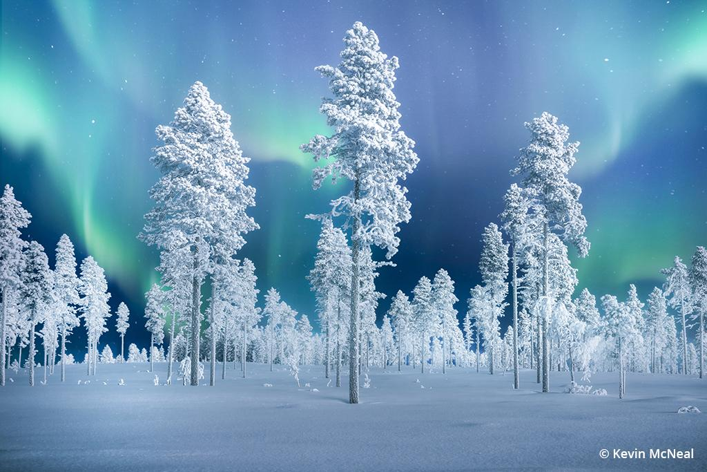 Winter photography with the Northern Lights