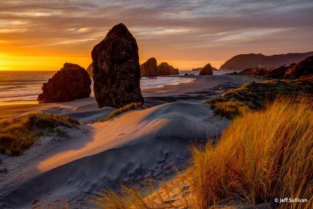 "Congratulations to Jeff Sullivan for winning the recent Your Best Photo of 2018 Assignment with the image, ""Golden Hour on the Oregon Coast."""