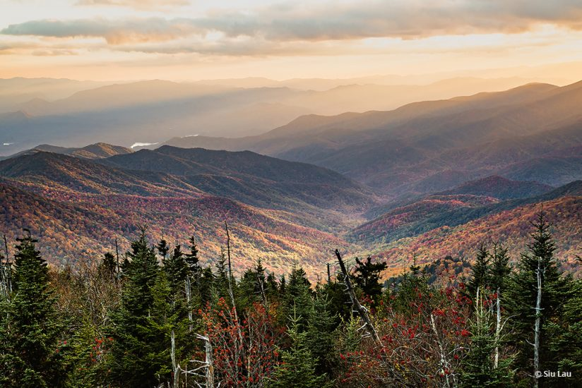 """Today's Photo Of The Day is """"Sunset at Great Smoky Mountains"""" by Siu Lau. Location: Tennessee."""
