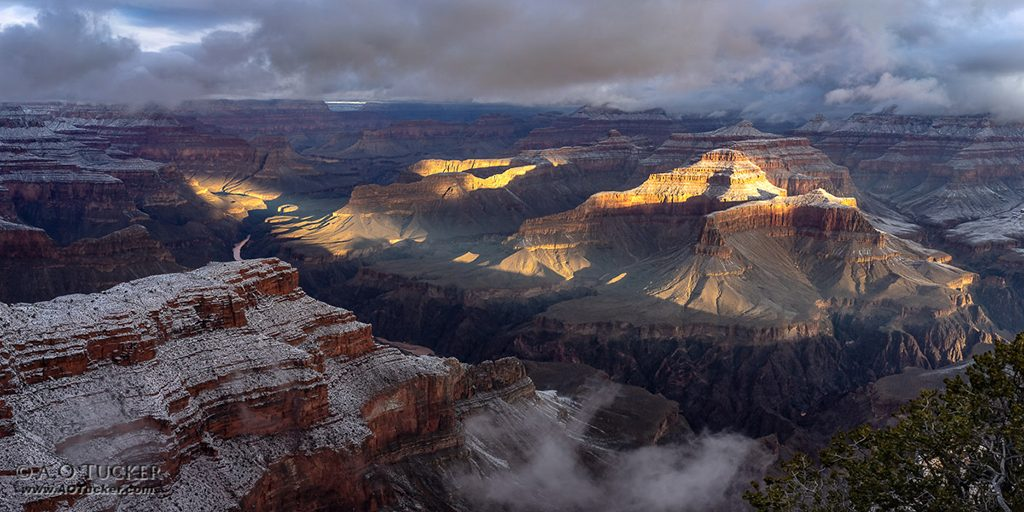 "Today's Photo Of The Day is ""Hopi Point First Light"" by Archie Tucker. Location: Grand Canyon Village, Arizona."