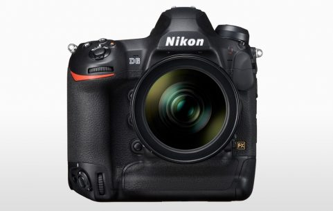 Front image of the Nikon D6