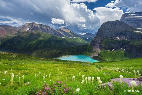 photo hotspots of the northern rockies include Glacier National Park