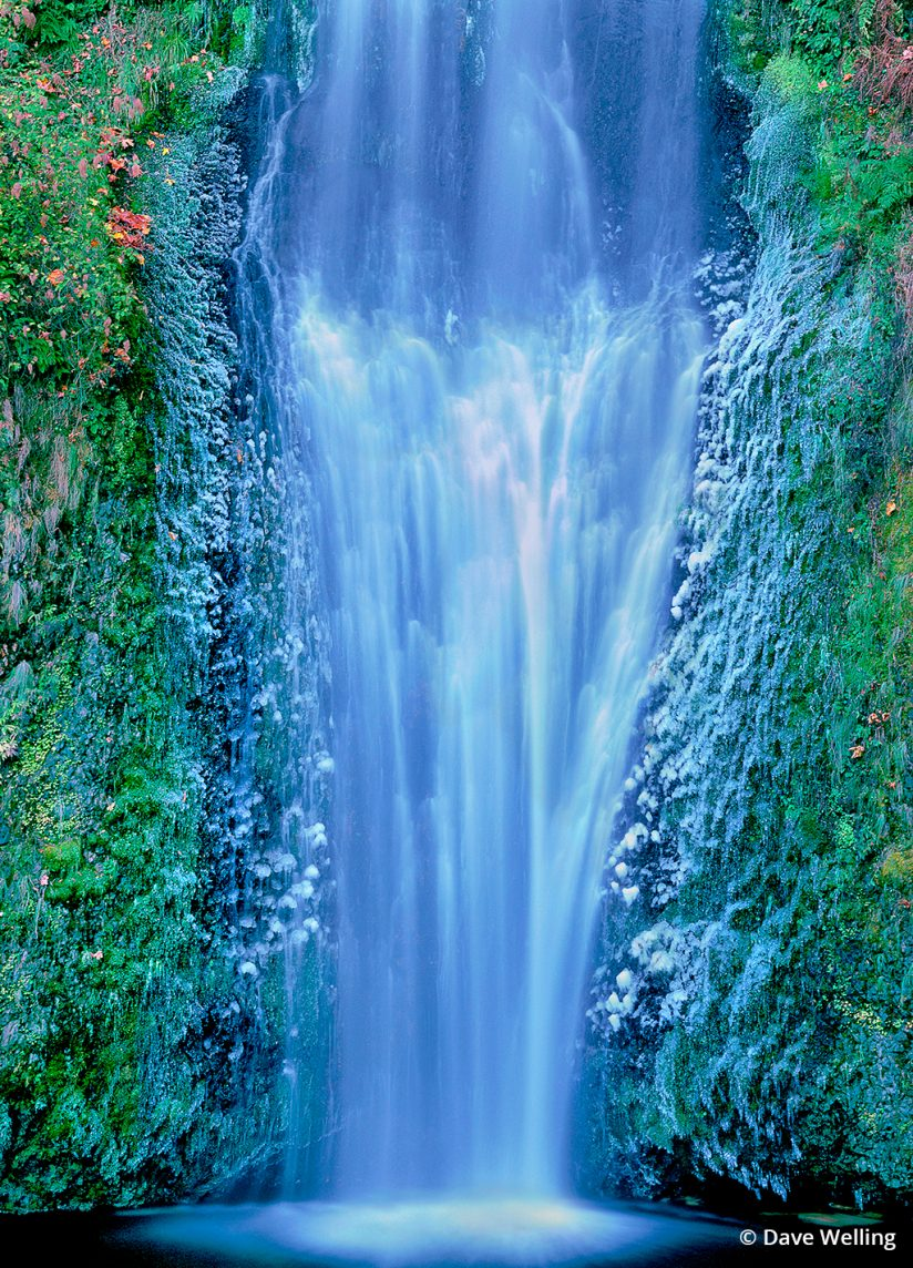 Winter landscape photography: Multnomah Falls