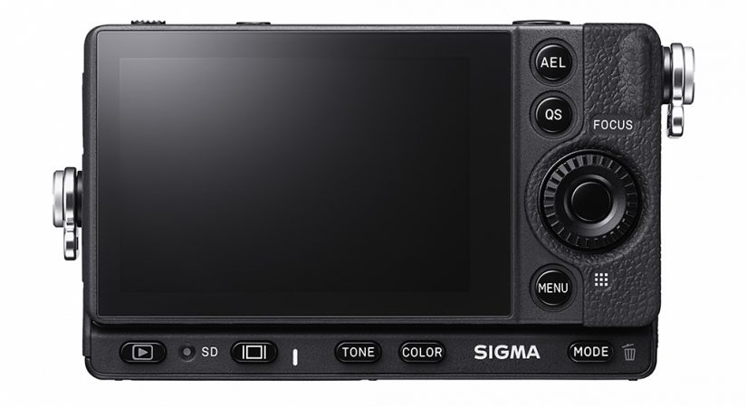 Image of the back of the Sigma fp L
