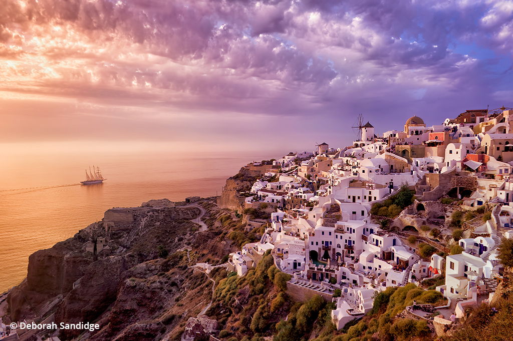 Image of Santorini in Greece illustrating the use of a wide angle lens to capture scenic vista.