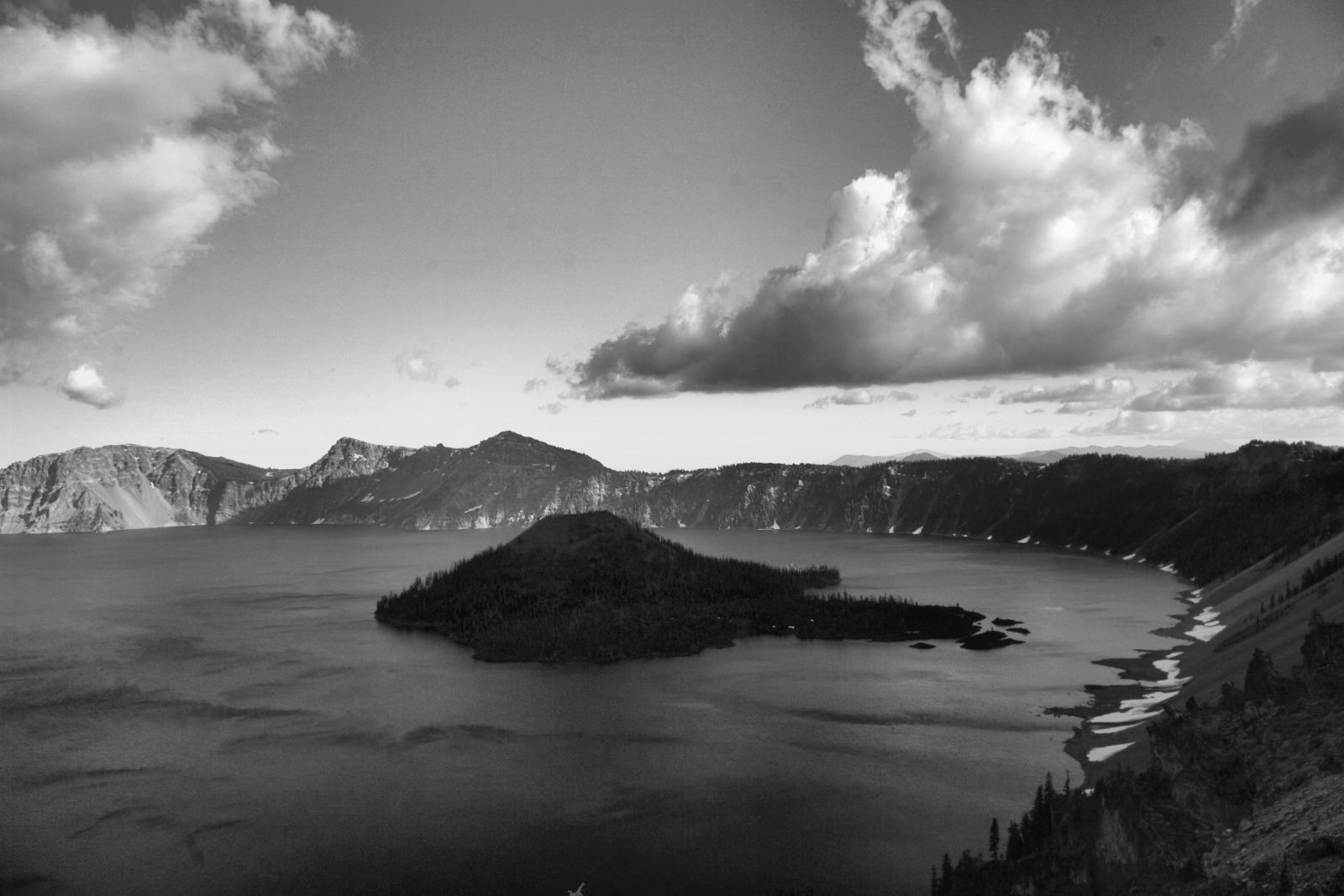 Crater Lake Wizard Island west side rim early evening