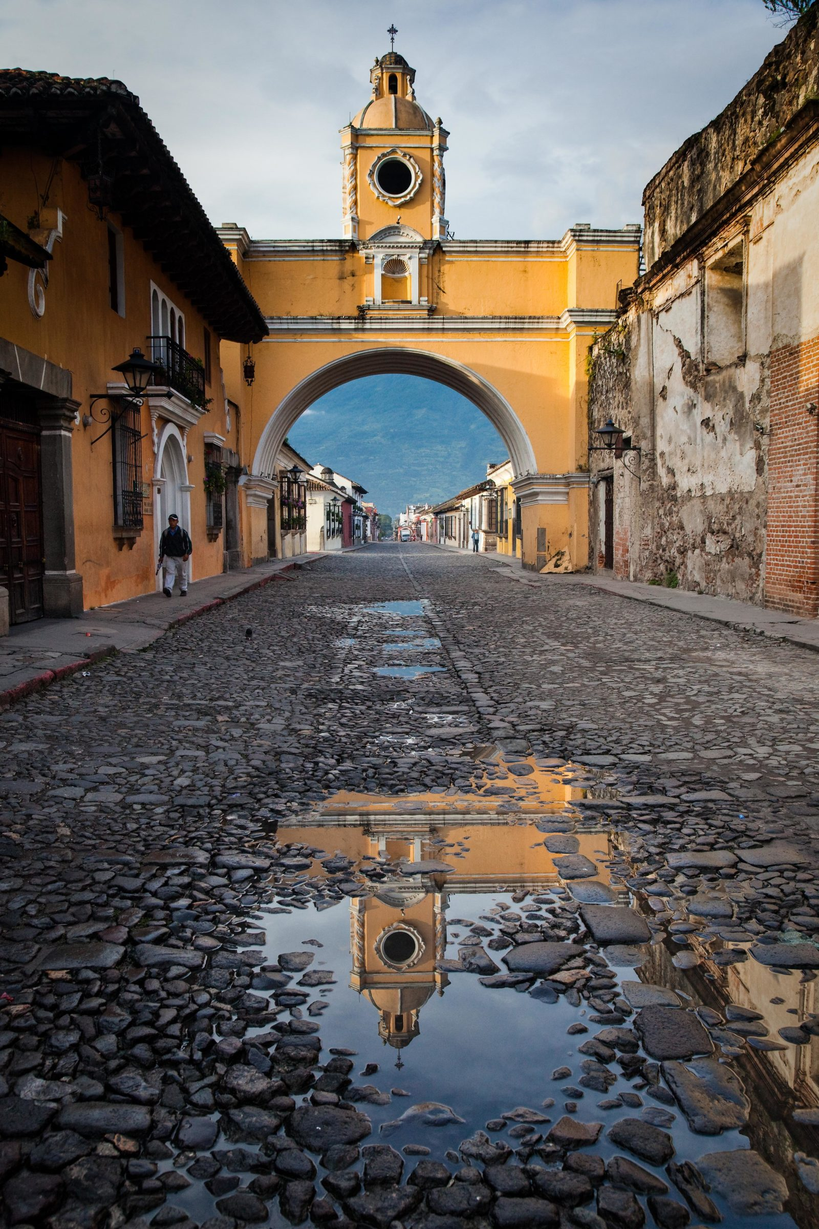 Arco Reflected