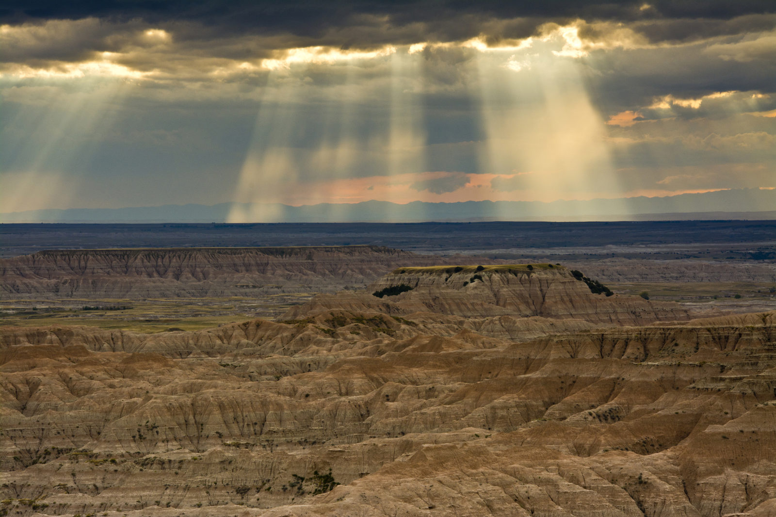 Crepuscular Rays over the Badlands