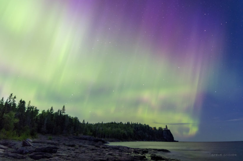 Aurora over Split Rock Lighthouse