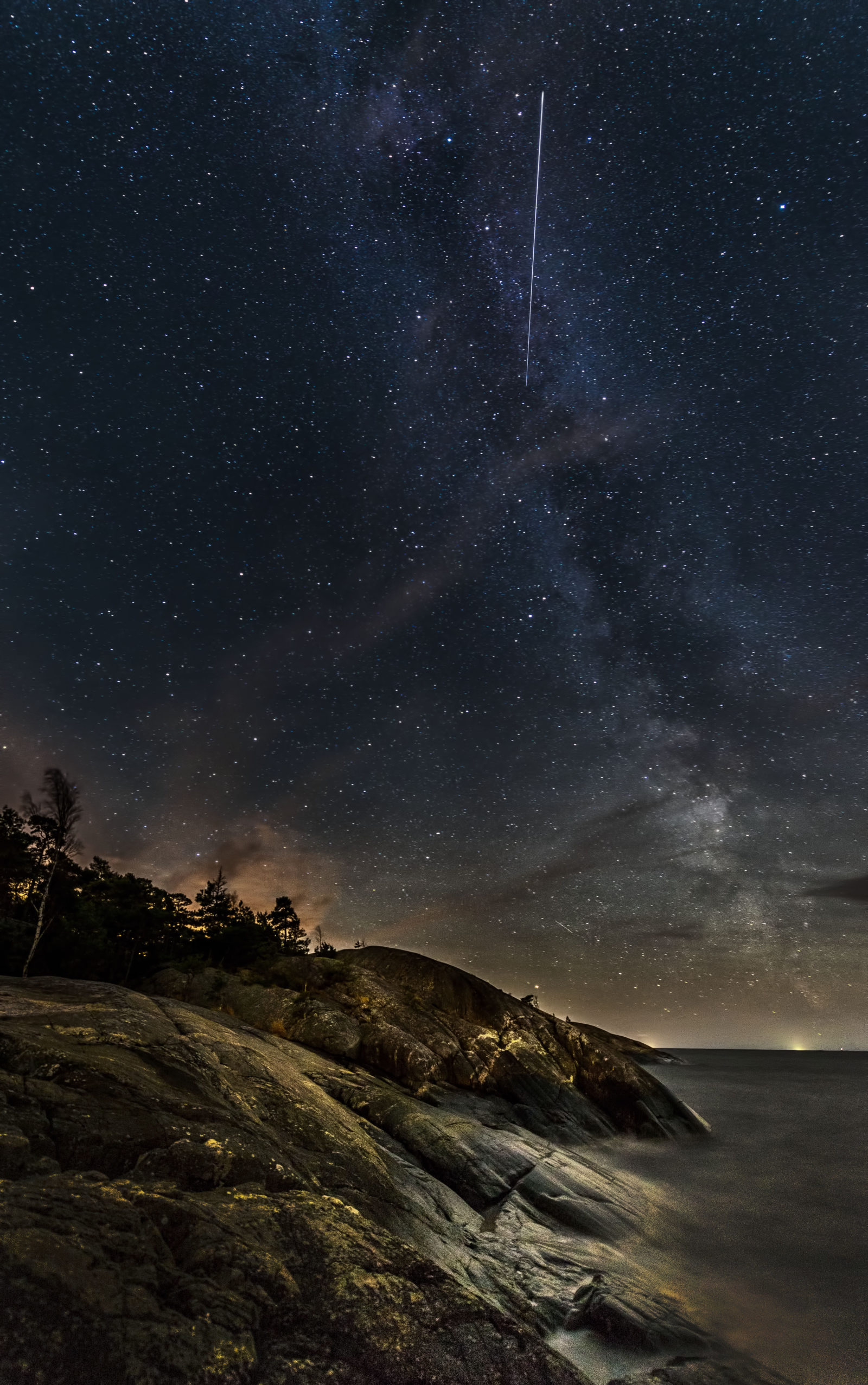 Milky Way and a shooting star