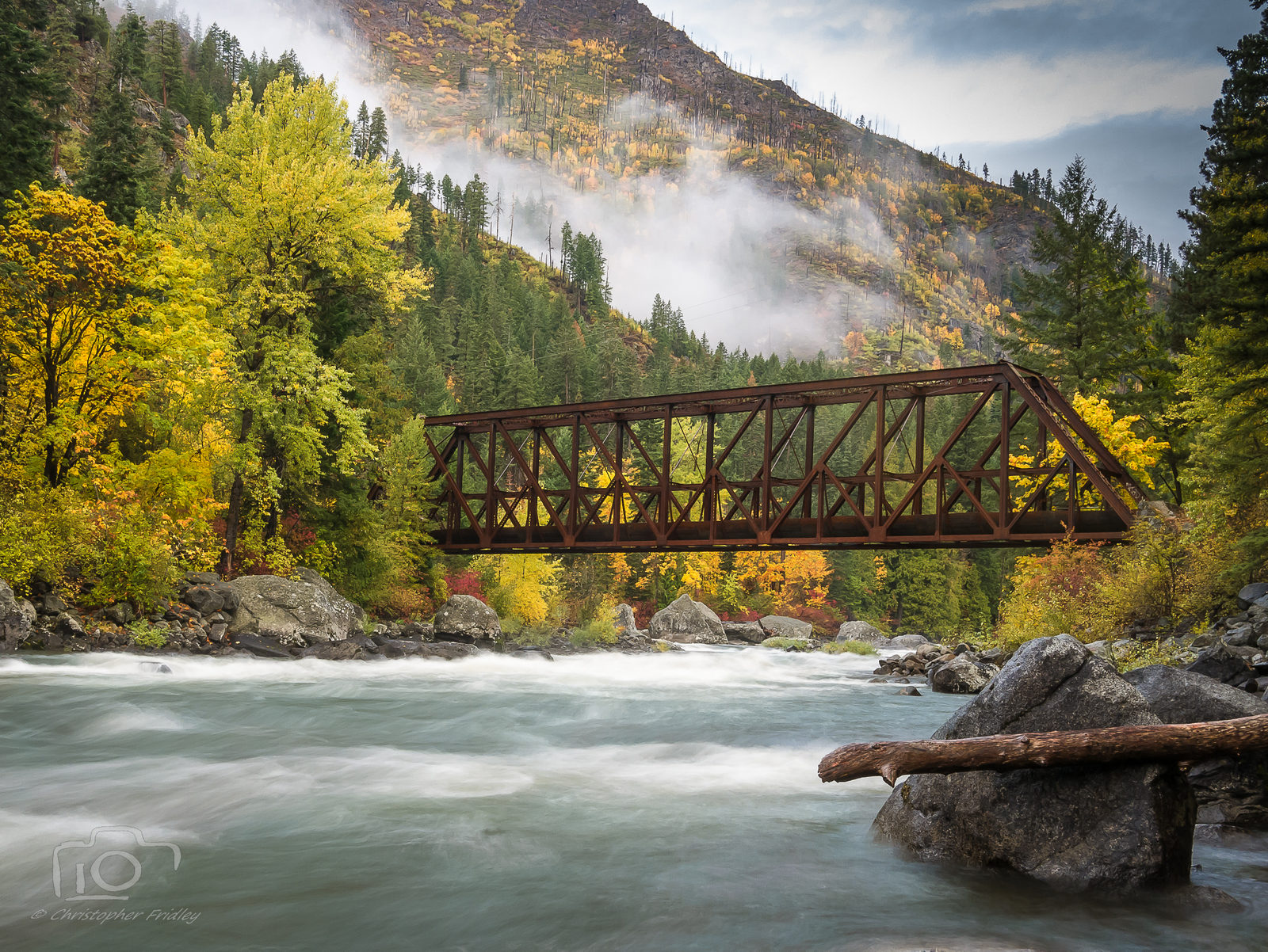 Tumwater Canyon Pipeline Bridge