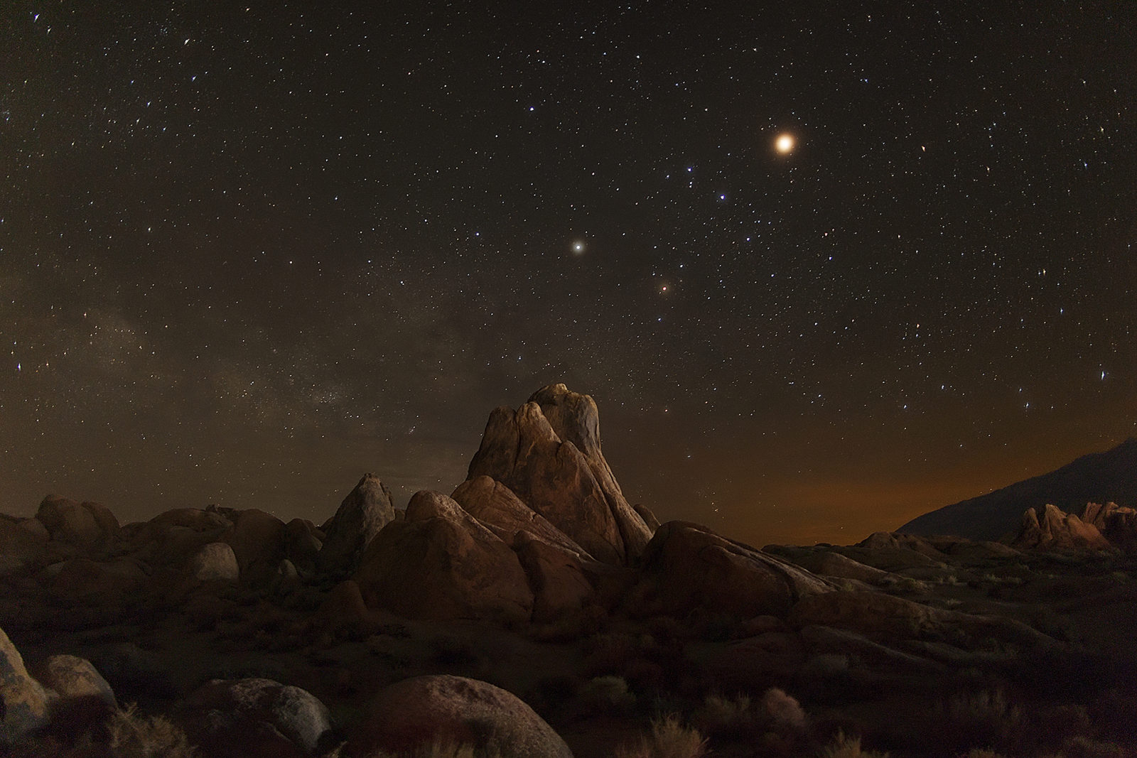 Mar, Saturn and the Milky Way