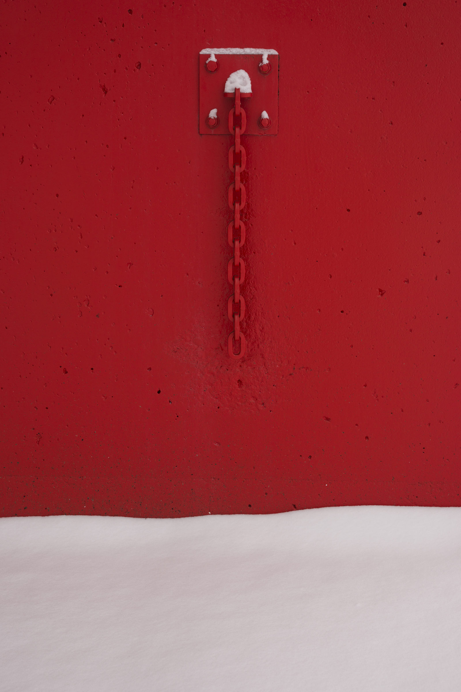 Snow and red Chain
