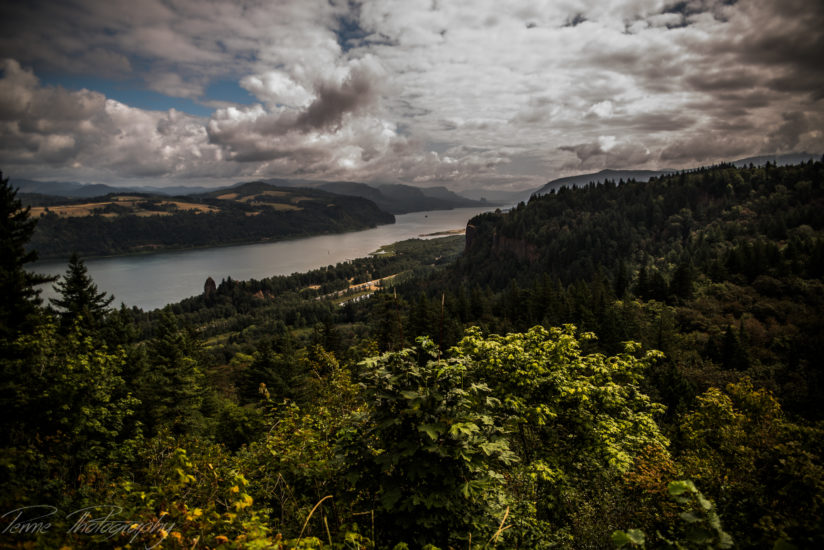 Serenity on Columbia River Gorge