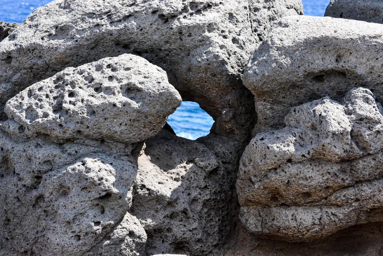 Hole With A View