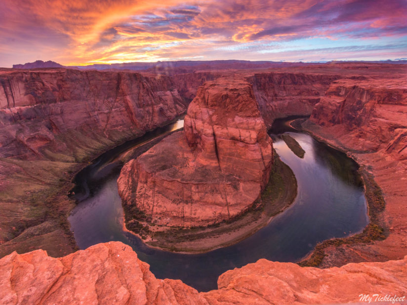 A Magical sunset at Horseshoe Bend