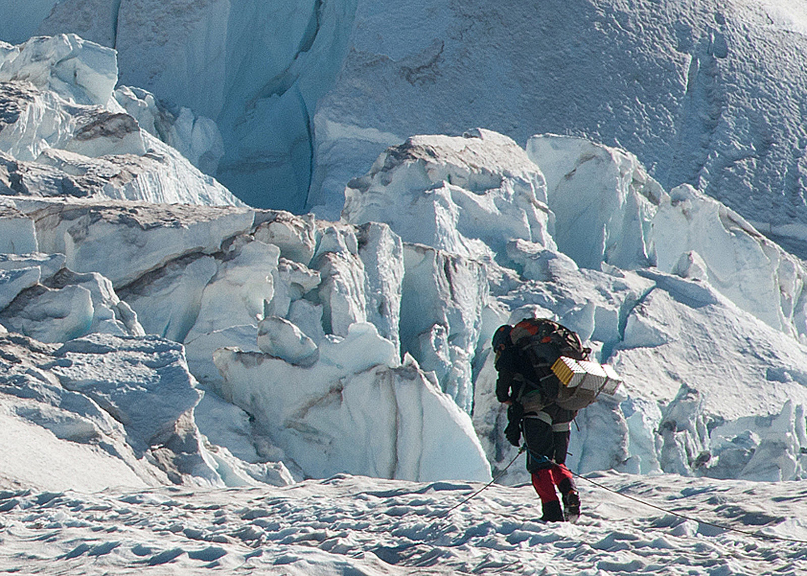 Cllmbing on the Emmons Glacier.