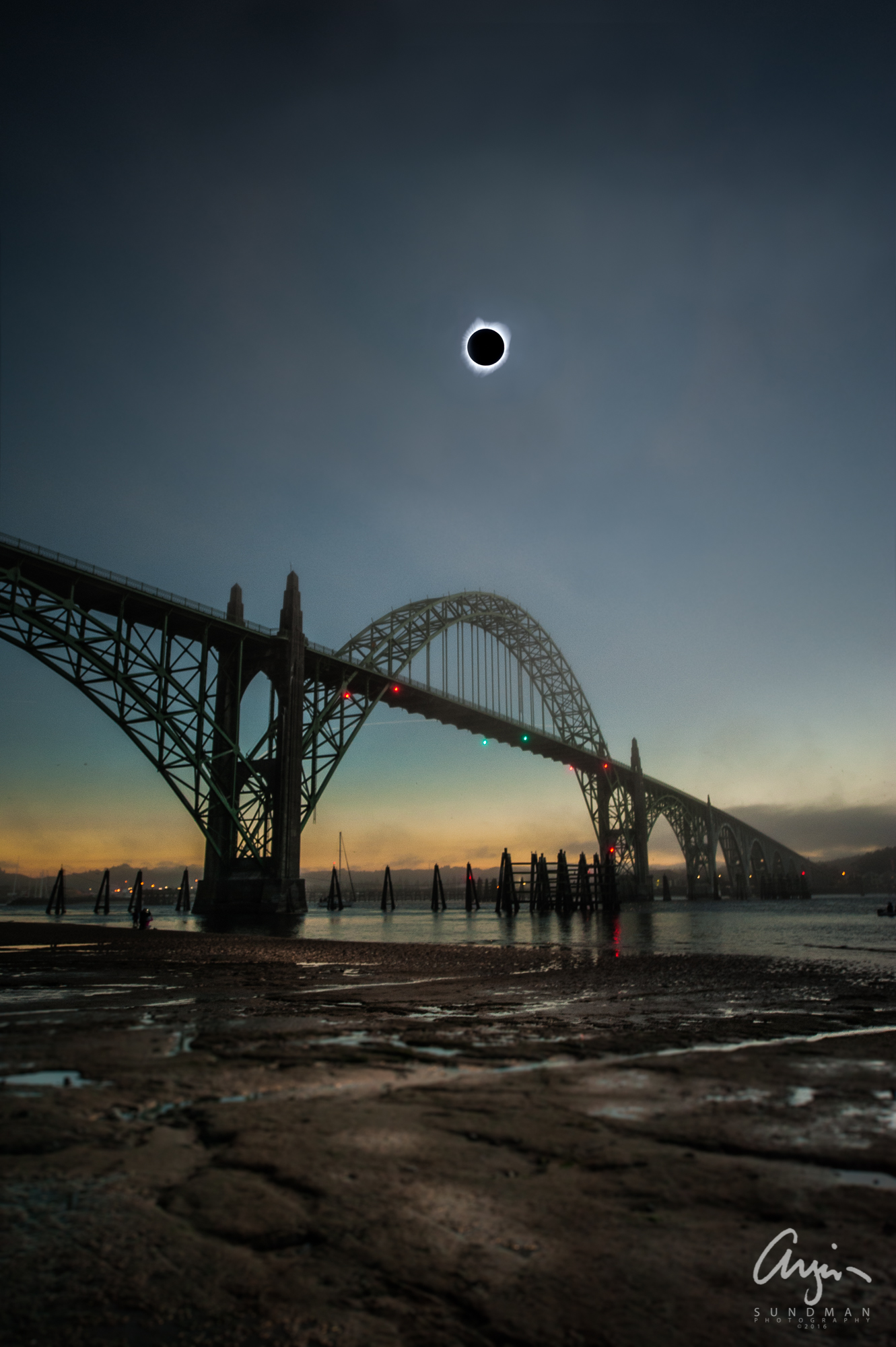 Eclipse makes US Landfall. Totality over Yaquina Bay Bridge