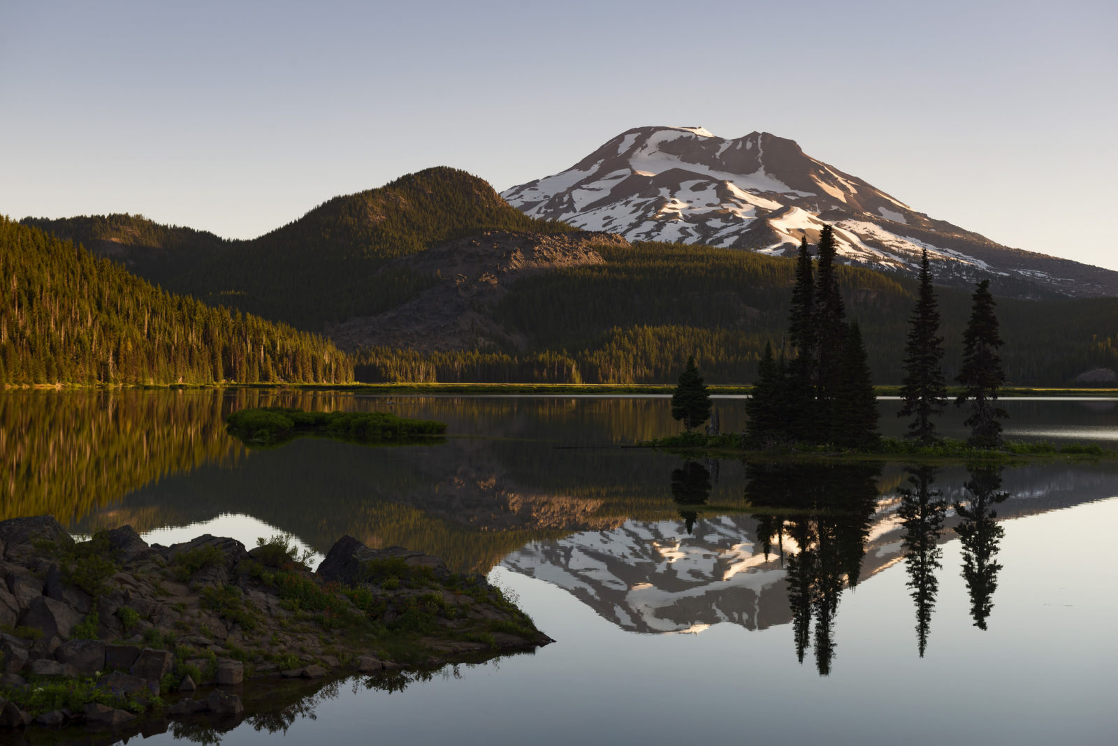 A Sparks Lake Sunrise