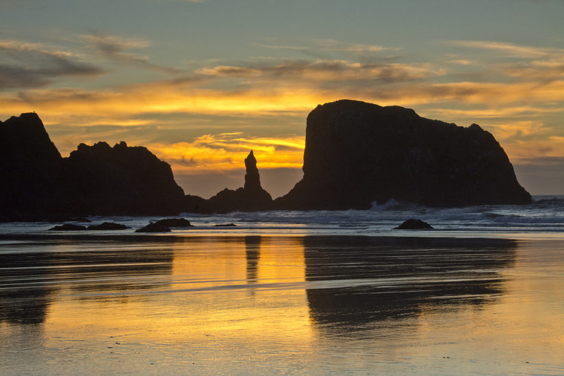 Sunset at the Sea Stacks in Bandon, Oregon