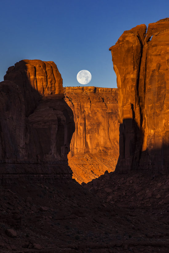 Moonset at Monument Valley