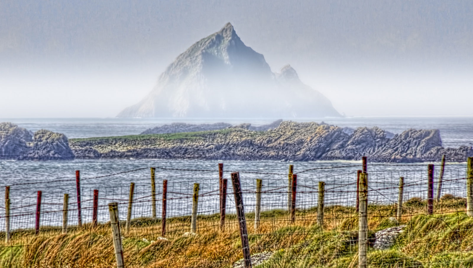 Skellig Michael in the distance