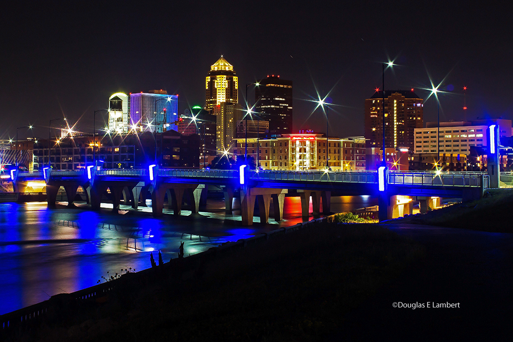 Downtown Des Moines at Night