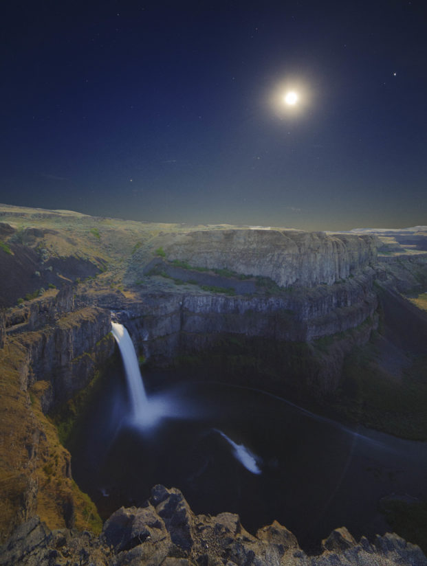 Moon Rise over Palouse Falls