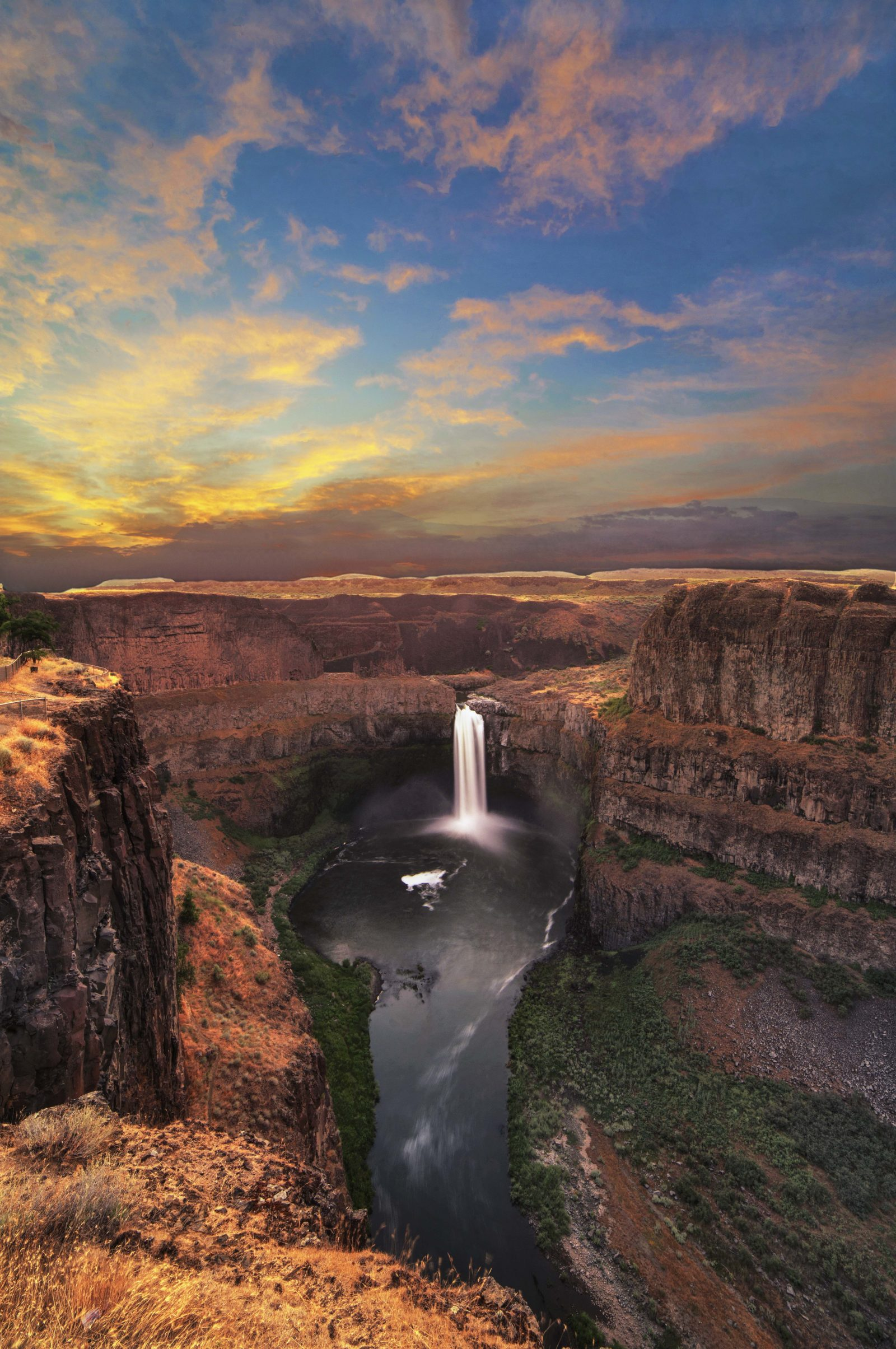 Palouse Falls Dawn
