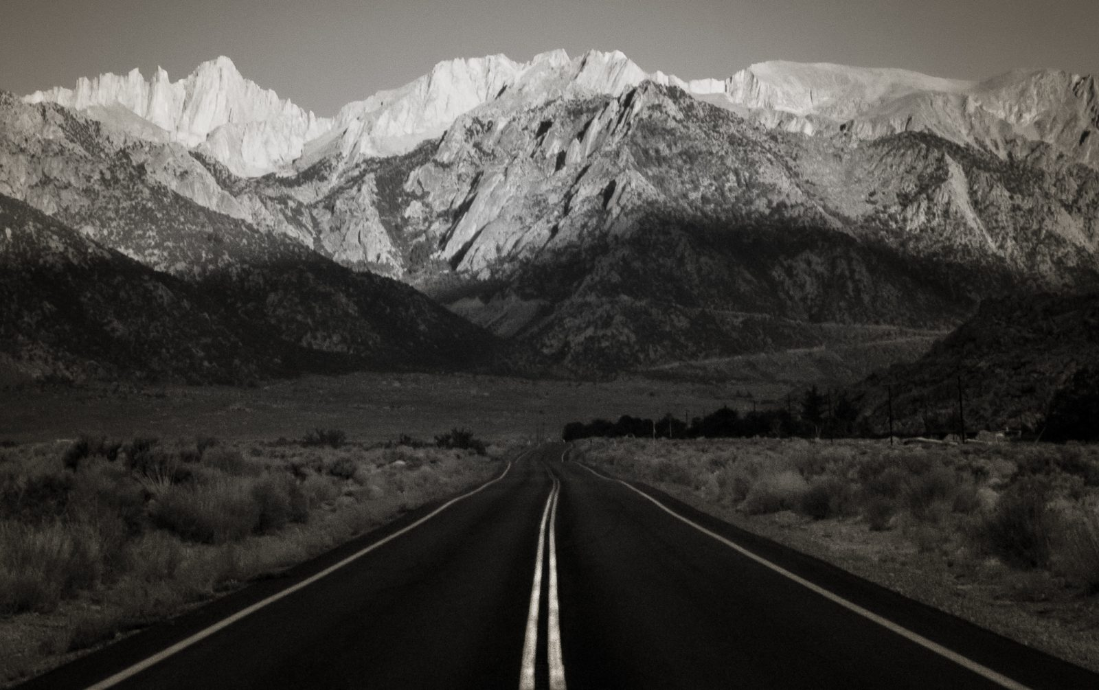 Portal Road to Mt Whitney