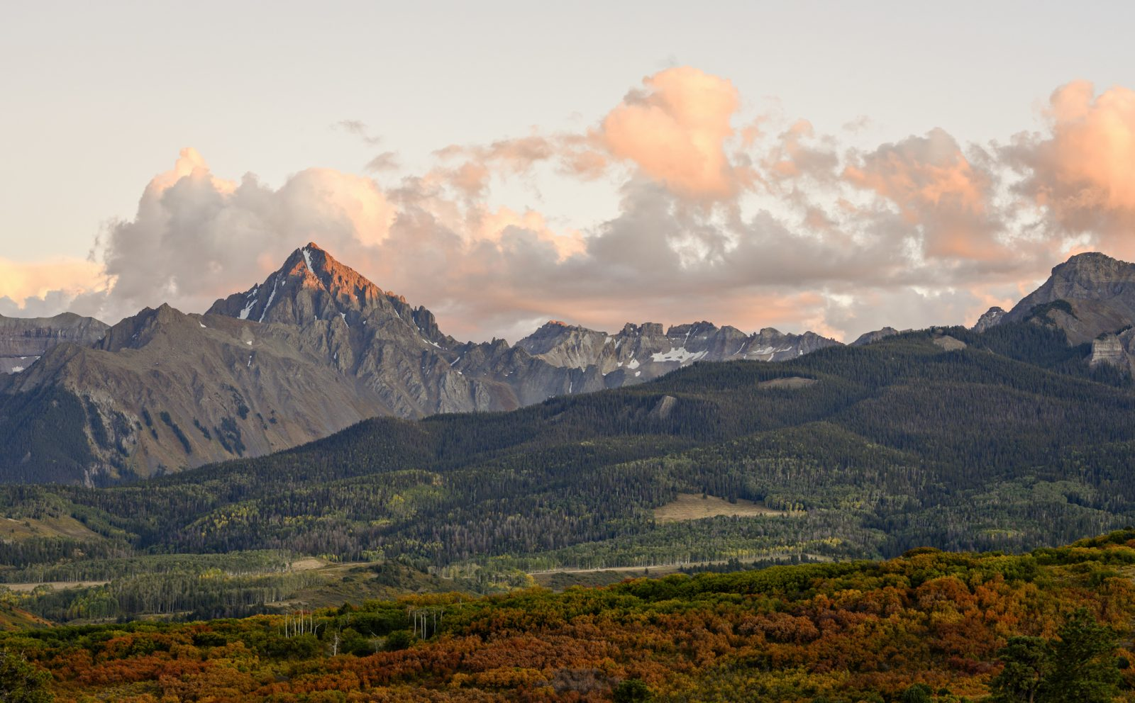 Sunset at the Dallas Divide.