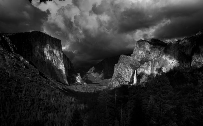 Tunnel View Storming