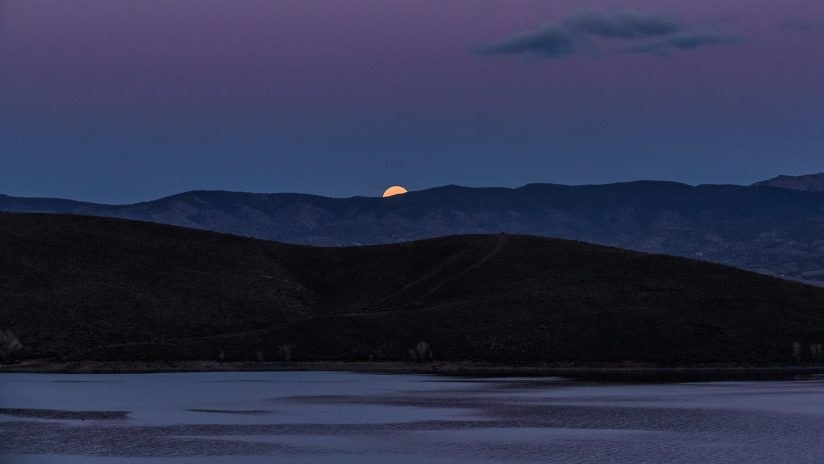 Super Moon Rise at Topaz Lake