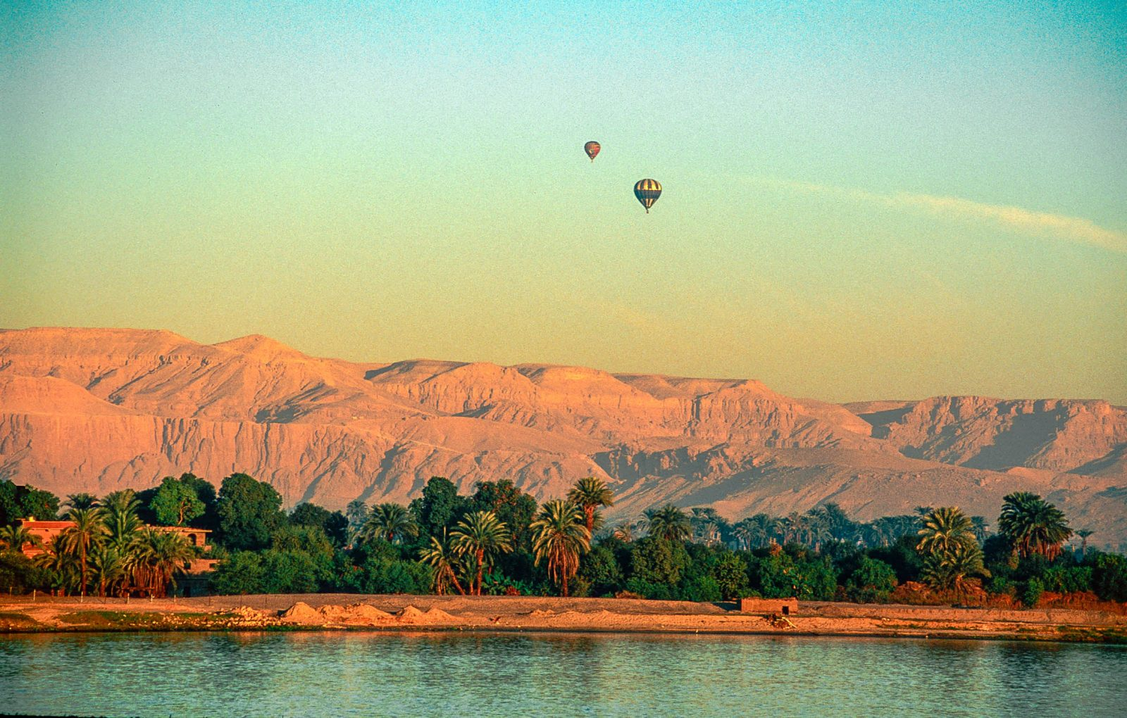 Floating Over the Nile