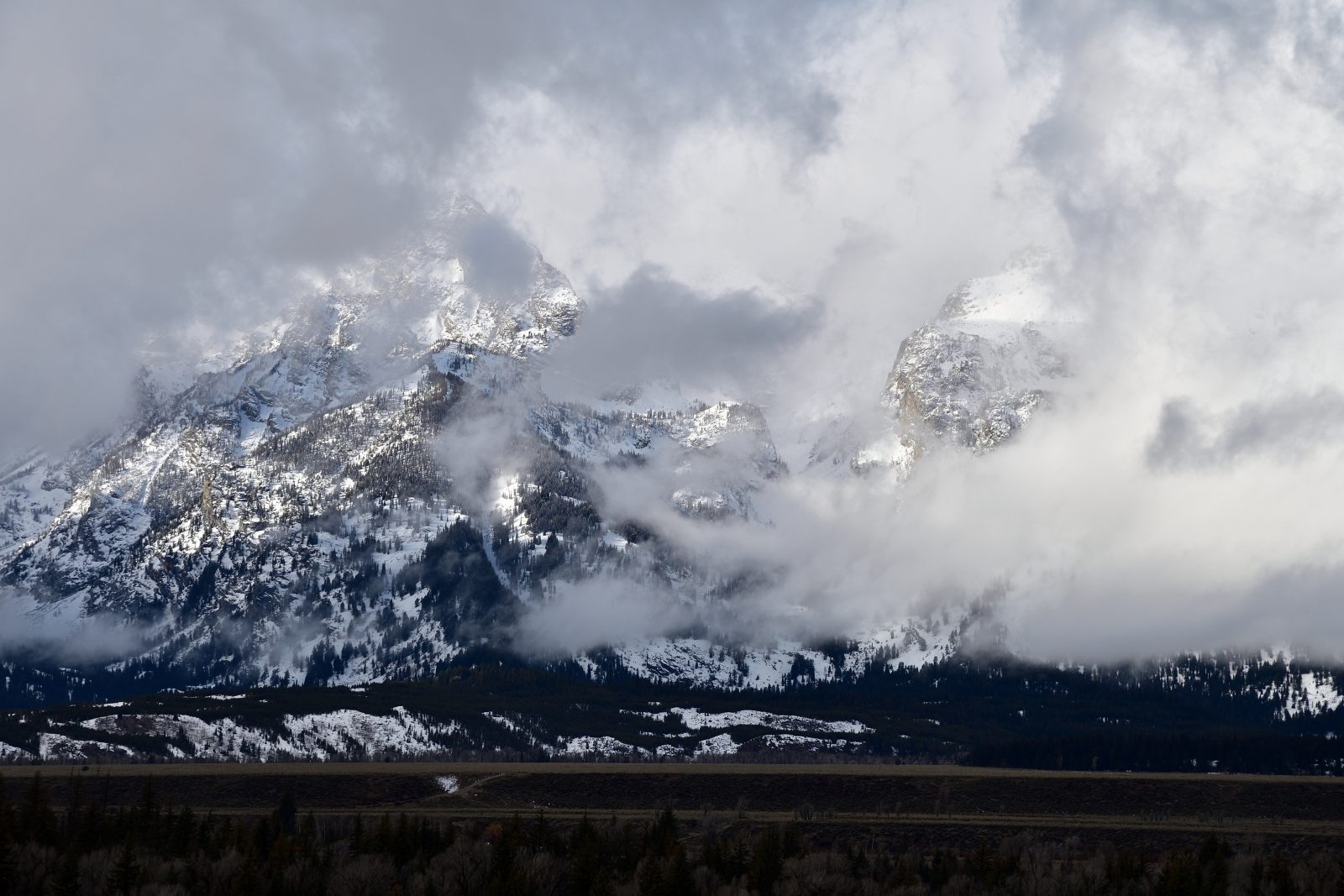 I Promise The Tetons Are There