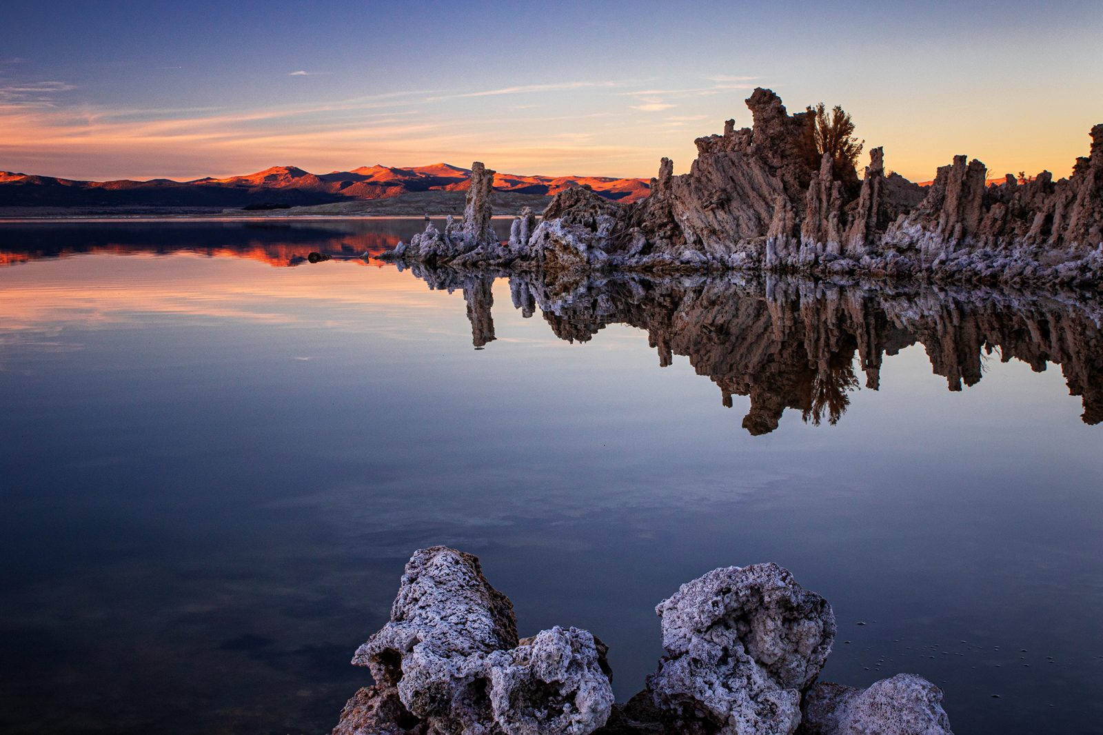 Mono Lake at the end of the day