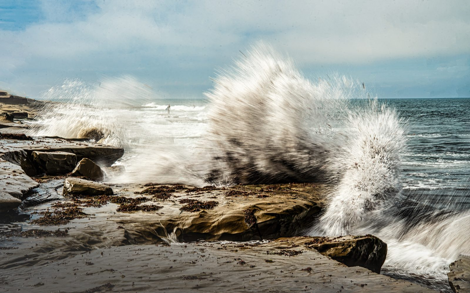 explosion of waves