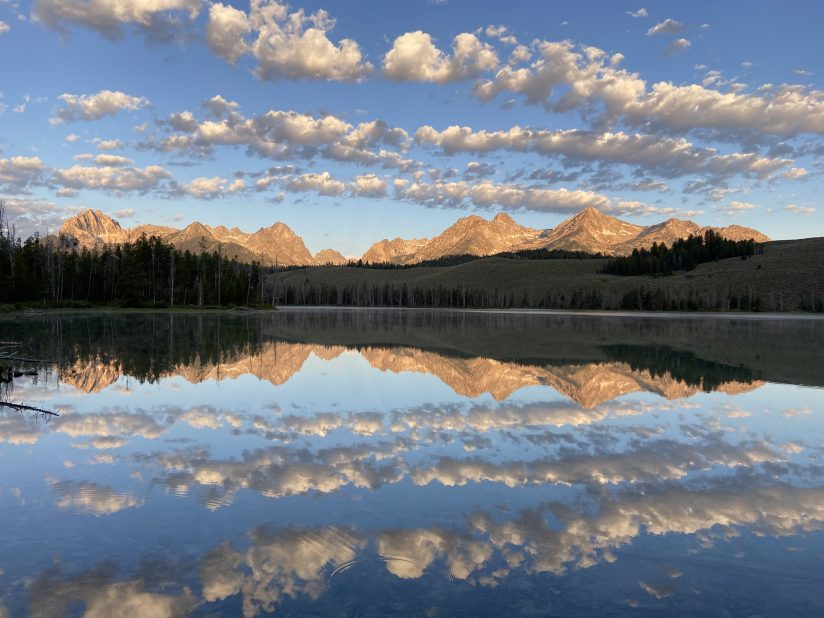 """""""Cloud Streets"""" over the Sawtooths"""