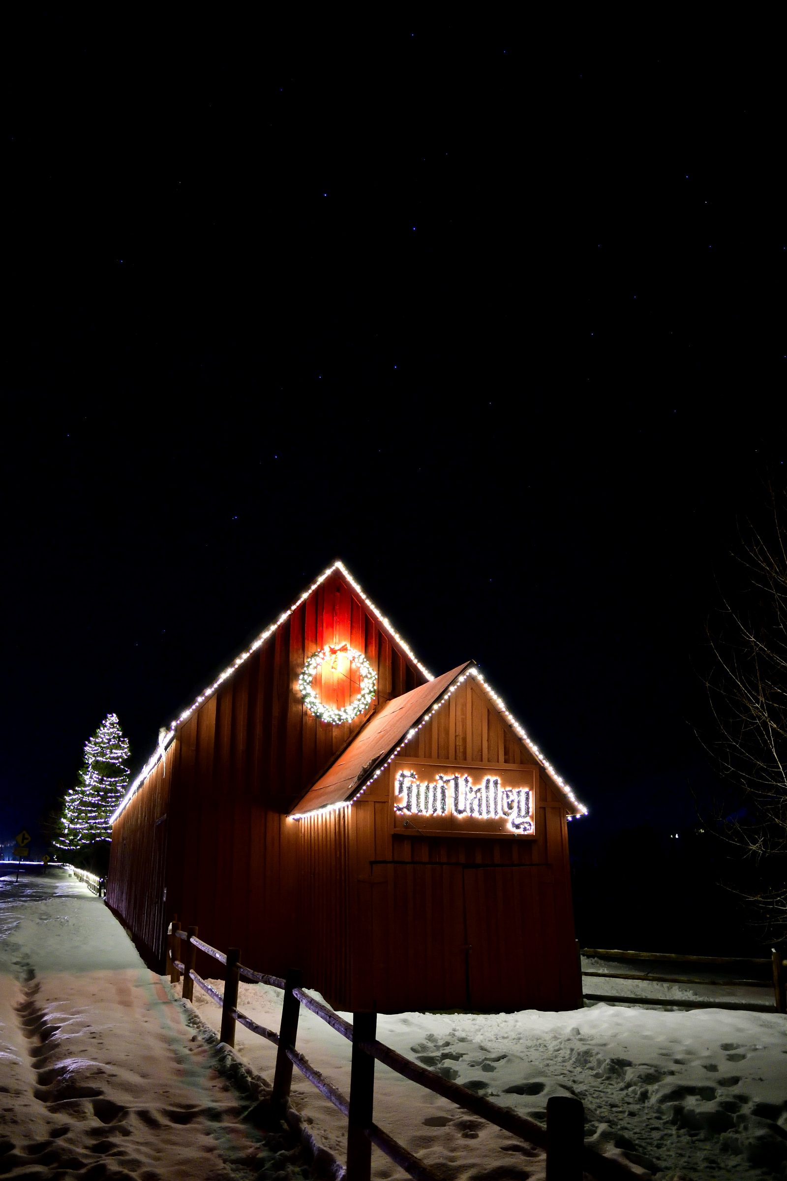 Big Dipper Over The Sun Valley Barn
