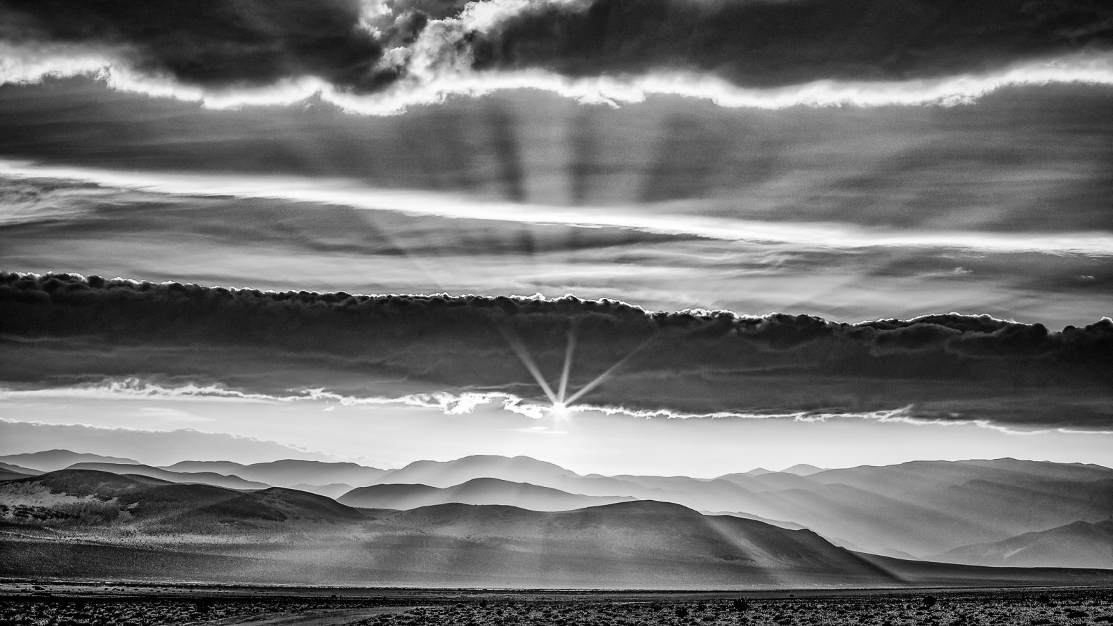 Light Rays Over Death Valley