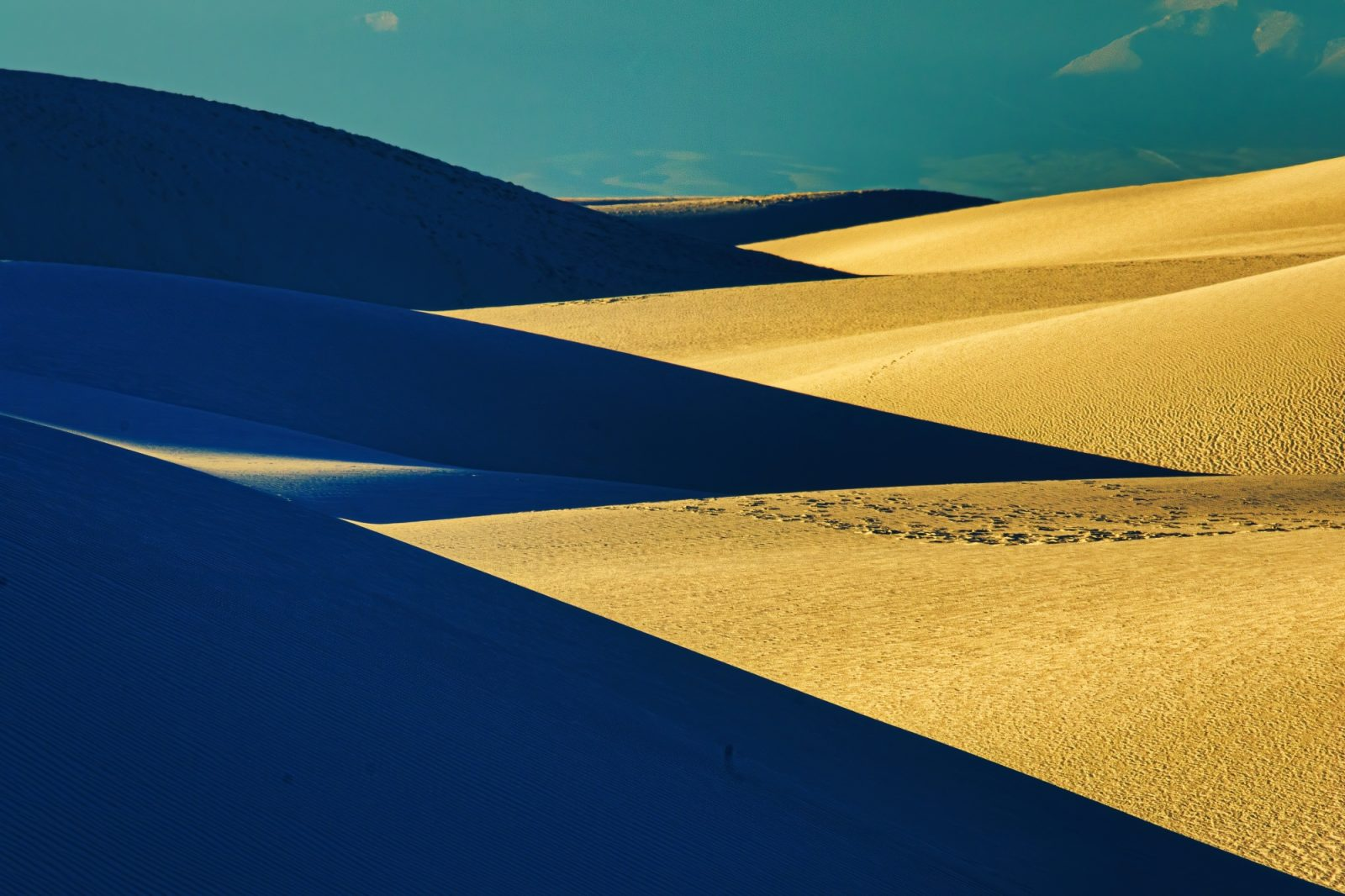 Sand desert in contrast to complementary colors
