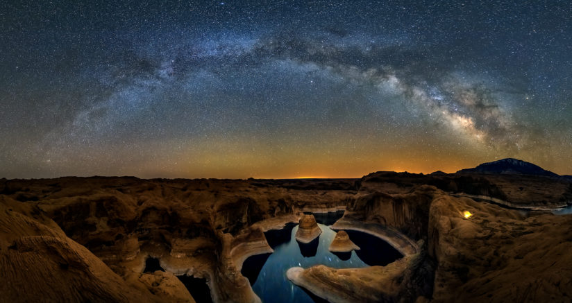 Milky way over Reflection Canyon