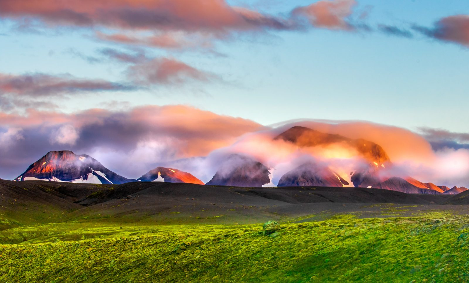Colors of Icelandic Highlands