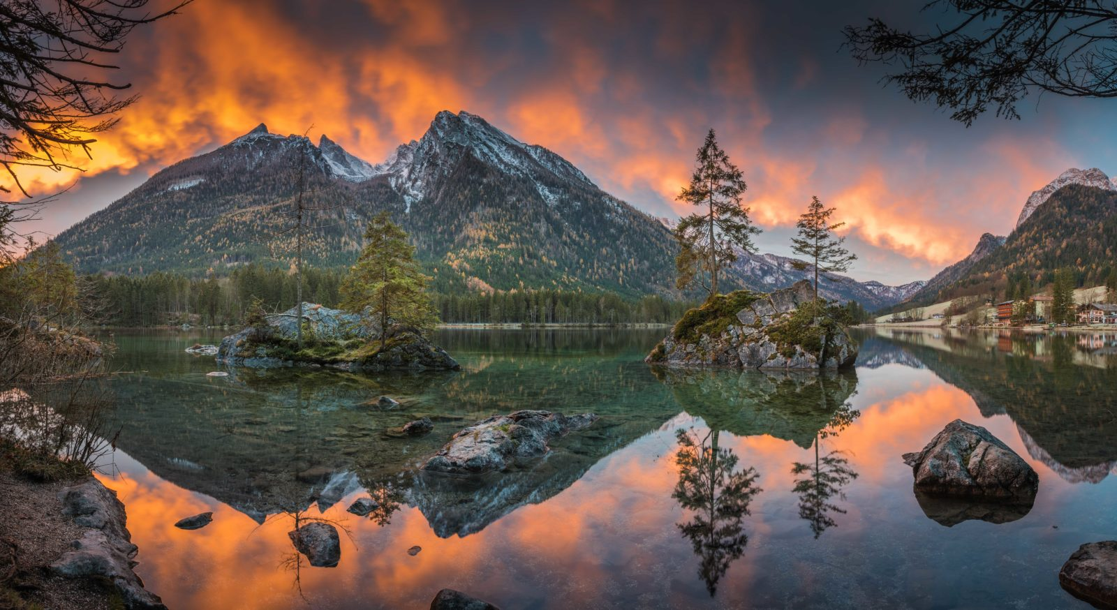 Sunrise at Hintersee.