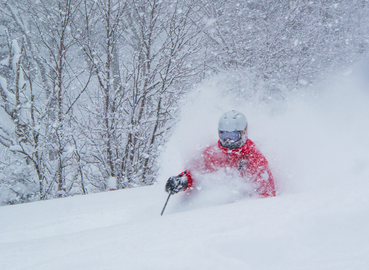 One meter of Snow in 24 hours at Mont SUTTON