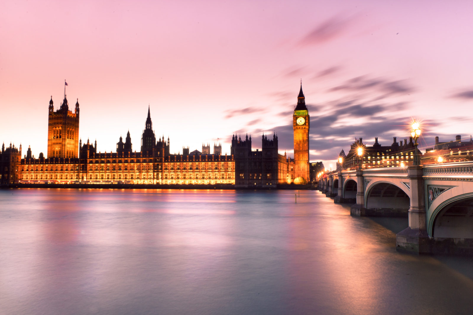 beautify city scape of big ben in london